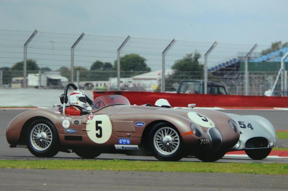 Racing Jaguar Silverstone